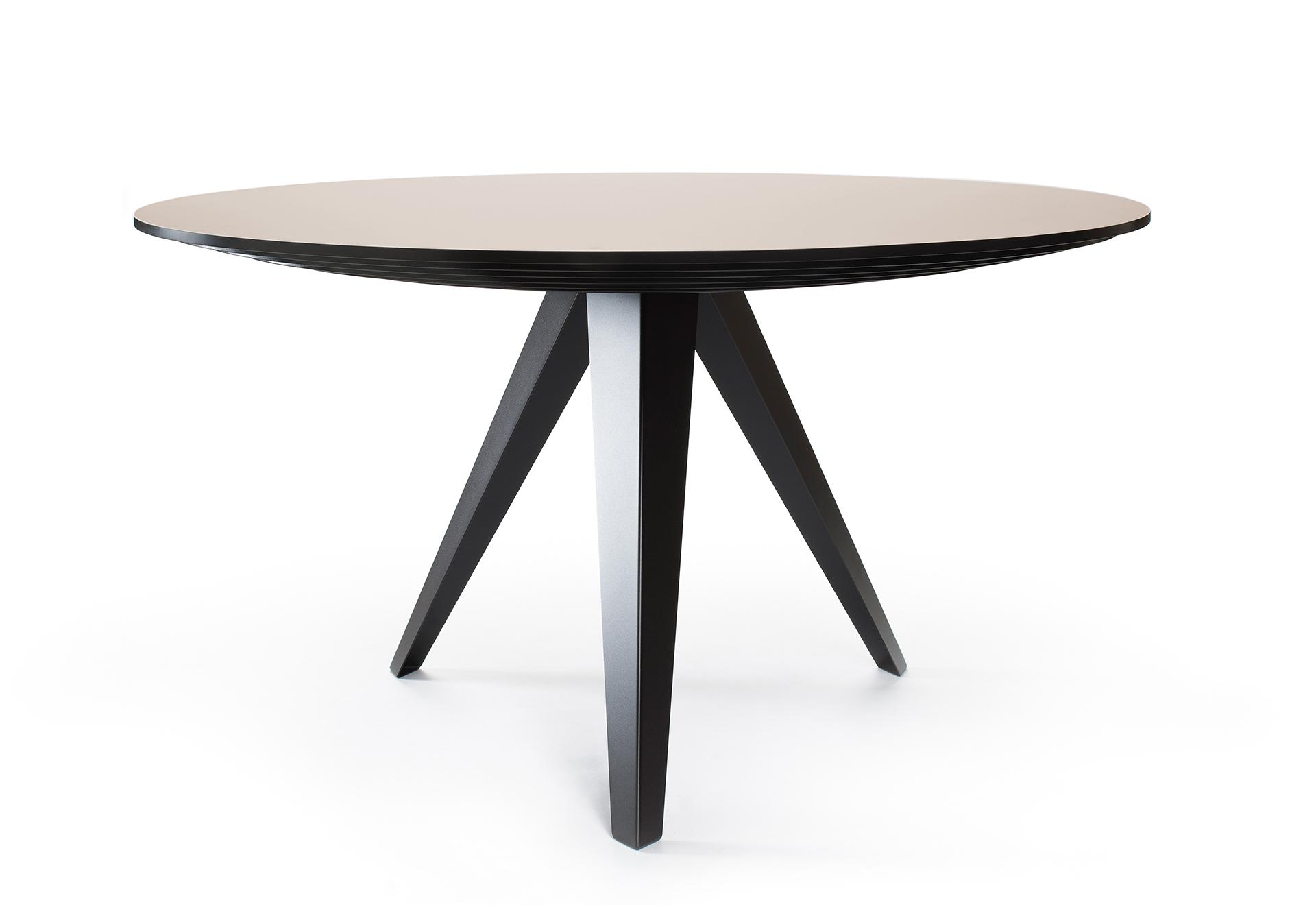 Tafelblad 140 Cm.Round Dining Table Belly L Kees Marcelis L Odesi Your Dutch Design