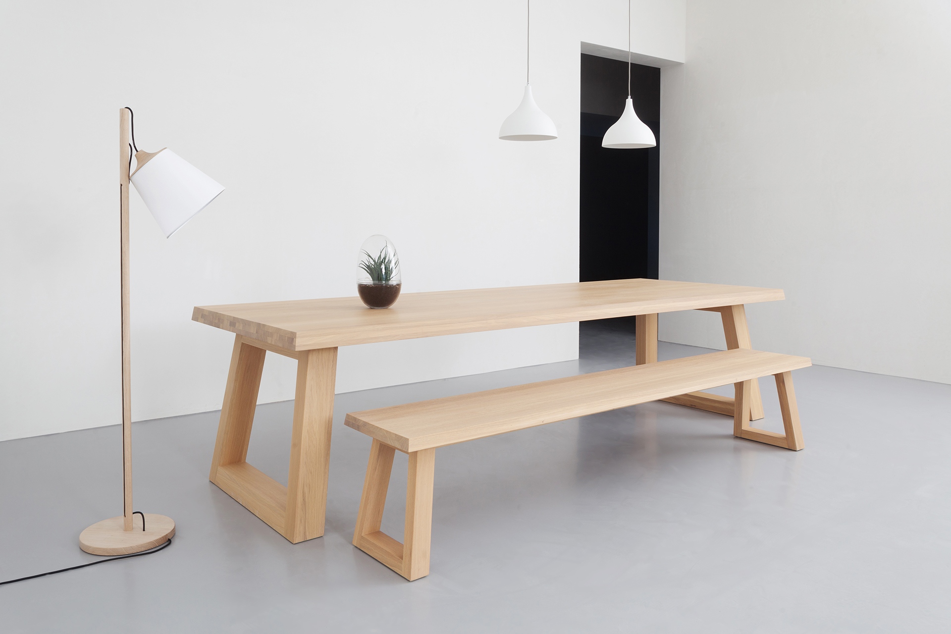Bank Aan Eettafel.Design Bench Slide L Remy Meijers L Odesi Your Dutch Design