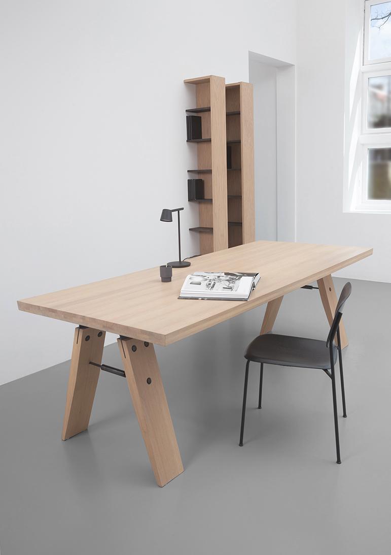 Licht Eiken Side Table.Design Dining Table Branch L Marc Th Van Der Voorn L Odesi Your Dutch Design